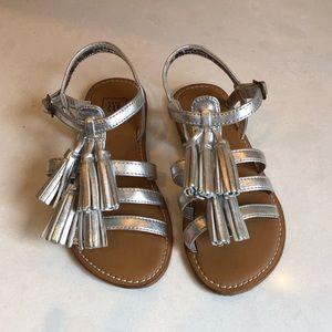 Girls silver tassel sandals.